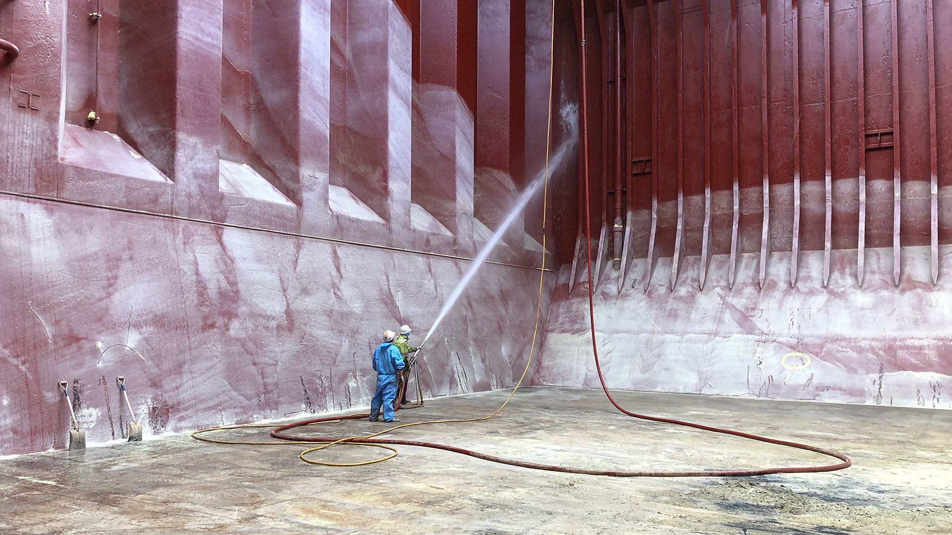 cargo ship hold pressure cleaning by three ocean maritime perth western australia